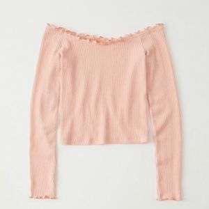 Abercrombie &Fitch off the shoulder top size S NWT